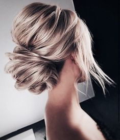 Schöne Frisuren für Blonde Haare - Peinados y pelo 2018 para hombre y mujeres Bride Hairstyles, Pretty Hairstyles, Hairstyle Ideas, Hairstyles 2018, Bridesmaid Updo Hairstyles, Wedding Guest Hairstyles Long, Famous Hairstyles, Birthday Hairstyles, Hipster Hairstyles