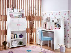 BERRY çalışma masası konforlu raf düzenleri ve çekmeceleri ile çocuğunuza uzun süre keyifli vakit geçirmesini sağlamak için tasarlandı.