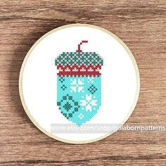 Acorn PDF Counted cross stitch pattern by galabornpatterns
