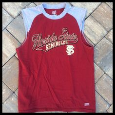 FLORIDA STATE SEMINOLES Tee Garnet shirt with grey shoulders & distressed lettering. SOFFE Tops