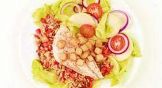 www.4cooking.ro -File de păstrăv cu salată de gulie și mere- Salată de gulie și mere servită cu un file de păstrav facut la cuptor alături de o garnitură de orez cu ciuperci, este o mâncare sățioasă, extrem de gustoasă și foarte sănătoasă. Acest fel de mâncare se prepară foarte ușor și este echilibrată din punct de vedere nutrițional. www.4cooking.ro Cobb Salad, Food, Hoods, Meals