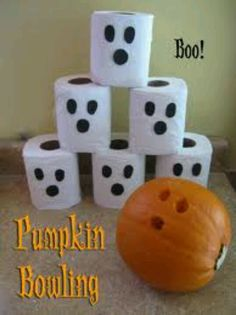 Pumpkin & toilet paper bowling!  Awesome fall party idea!    :) Indoor Party Games, Halloween Class Party, Motor Activities, Gross Motor, Toilet Paper, Bowling, Pumpkin, Birthdays, Gourd