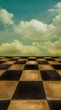 Photo Pie | Checkered Sky Backdrop