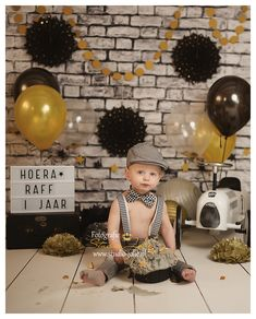 Unique Baby Boy Photoshoot Ideas For Your Little Ones - Wittyduck 1st Birthday Photoshoot, Baby Boy 1st Birthday Party, Baby Girl Pictures, Baby Boy Photos, Fotos Baby Shower, Birthday Pictures, 1st Birthdays, Unique Baby, Cake Smash Outfit