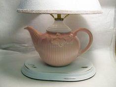 Recycling Tea Cups and Tea Pots for Creative Home Decorating Ideas Teapot Lamp, Pink Teapot, Teacup Crafts, Teacup Decor, Classic Clocks, Creative Home, Reuse, Tea Party, Tea Cups
