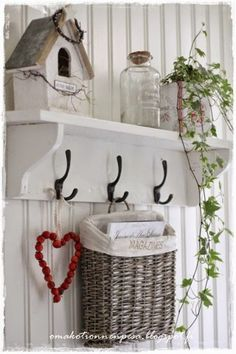 Home decor (shabby chic) . Country Chic, Country Decor, Farmhouse Decor, Room Deco, Vibeke Design, Shabby Chic Decor, Cottage Style, My Room, Home Accessories
