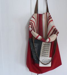 Taška sashiko Cotton Shopping Bags, Boho Bags, Quilted Bag, Leather Pouch, Tote Purse, Canvas Leather, My Bags, Bag Making, Sewing Crafts