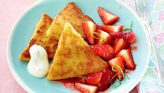 #Grießschnitte #frenchtoast #studentenkochen #student #leichtgekocht #einfach #simple #dessert #nachspeise Grießschnitten mit marinierten Erdbeeren