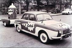 Publicity caravan - Tour de France 1950s? Catch PR car