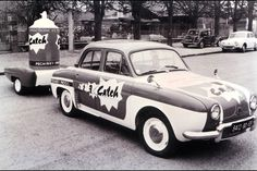 Publicity caravan - Tour de France 1950s? Catch PR car