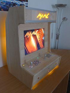Great looking MAME cabinet Pi Arcade, Arcade Bartop, Arcade Stick, Arcade Room, Retro Arcade, Arcade Games, Diy Arcade Cabinet, Arcade Console, Retro Pi