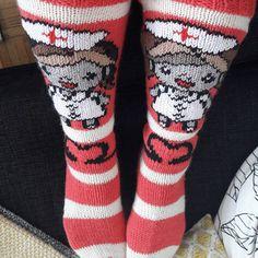 Ihanat hoitajasukat jotka työkaveri tekaisi miulle😍#villasukat #hoitaja #hoitajasukat #työkaveriosaa #onnellisiahetkiä #onnellinen #käsityö #käsillätehtyä❤ #käsillätekijät #taitohyppysissä Villa, Socks, Sock, Stockings, Villas, Ankle Socks, Hosiery, Boot Socks, Mansions