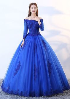 long prom dresses - Royal Blue Tulle Long Lace Strapless Senior Prom Dress With Sleeve from Girlsprom Prom Dresses Two Piece, Prom Dresses Blue, 15 Dresses, Ball Dresses, Pretty Dresses, Beautiful Dresses, Dress Prom, Tulle Dress, Prom Gown With Sleeves