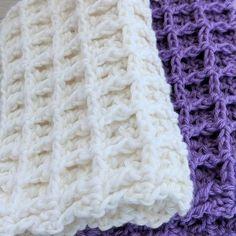 Beginner Crochet Tutorial, Beginner Crochet Projects, Crochet Tutorials, Crochet For Beginners, Crochet Potholder Patterns, Easy Crochet Stitches, Crochet Yarn, Crochet Flowers, Crochet Waffle Stitch
