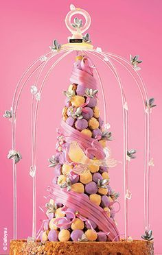Wedding Cakes From Around the World Croquembouche, Profiteroles, Eclairs, French Wedding Cakes, Extreme Cakes, Butterfly Garden Party, Macaron Tower, Dessert Bar Wedding, Unicorn Foods