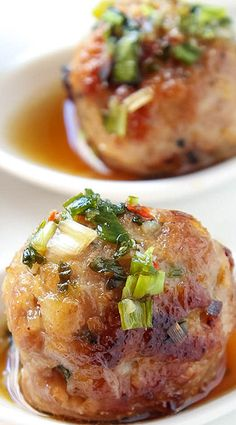 These juicy Thai-style pork meatballs are deliciously flavored with lemongrass, ginger and garlic. As an appetizer these meatballs are amazing with the intensely flavorful dipping sauce, but they also make a great main course. Meatball Recipes, Pork Recipes, Asian Recipes, Cooking Recipes, Healthy Recipes, Healthy Breakfasts, Healthy Snacks, Eating Healthy, Seafood Recipes