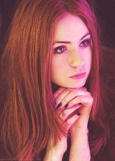 karen gillan, doctor who, and amelia pond image Karen Gillan, Karen Sheila Gillan, Actrices Sexy, Lily Evans, Hottest Redheads, Amy Pond, Beautiful Redhead, Beautiful Women, Woman Crush