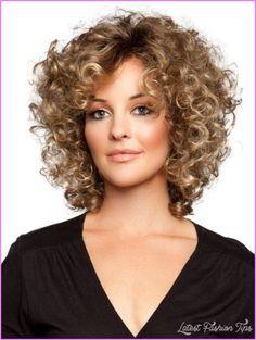 Corte de cabello crespo de mujer