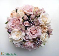 Vintage rózsás virág doboz (Decoflor) - Meska.hu Floral Wreath, Blush, Wreaths, Wedding, Vintage, Valentines Day Weddings, Floral Crown, Door Wreaths, Rouge