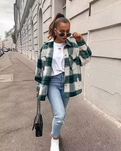 Trendy Fall Outfits, Casual Winter Outfits, Winter Fashion Outfits, Look Fashion, Spring Outfits, Easy Outfits, Sporty Fashion, Winter Outfits Women, Winter Layering Outfits