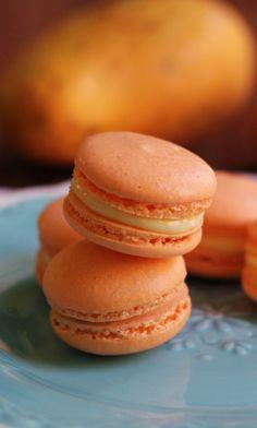 Mango White Chocolate Ganache Macarons Really nice recipes.  Mein Blog: Alles rund um die Themen Genuss & Geschmack  Kochen Backen Braten Vorspeisen Hauptgerichte und Desserts