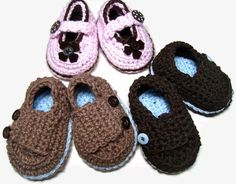 Crochet baby shoes! Love them!