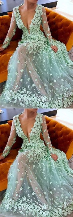 A-Line Round Neck Sweep Train Mint Tulle Prom Dress with Appliques Pearls M1894#prom #promdress #promdresses #longpromdress #2018newfashion #newstyle #promgown #promgowns #formaldress #eveningdress #eveninggown #2019newpromdress #partydress #meetbeauty #aline #roundneck #minttulle #appliques