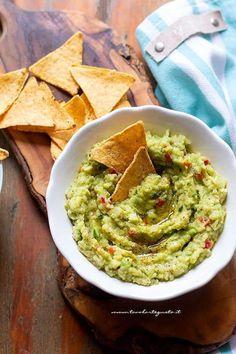 Guacamole - Ricetta Salsa Guacamole Fun Easy Recipes, Veggie Recipes, Wine Recipes, Vegetarian Recipes, Chicken Recipes, Easy Meals, Cooking Recipes, Avocado Guacamole, Best Guacamole Recipe
