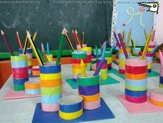 portalapices con rollos de papel para el dia del padre: http://www.manualidadesinfantiles.org/portalapices-dia-del-padre/