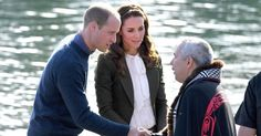 """POPSUGAR on Twitter: """"Prince William and Kate Middleton help row a massive canoe during their Canadian tour:"""