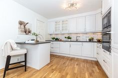 RASTA - Stor, lys og pen 3 roms leilighet - Garasjeplass - Usjenert og solrik terrasse på 17 kvm | FINN.no