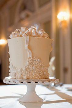 Classic Wedding Cakes - Belle The Magazine Beautiful Wedding Cakes, Beautiful Cakes, Amazing Cakes, Cupcakes, Cupcake Cakes, Mini Cakes, Ribbon Cake, Ballroom Wedding, Wedding Reception