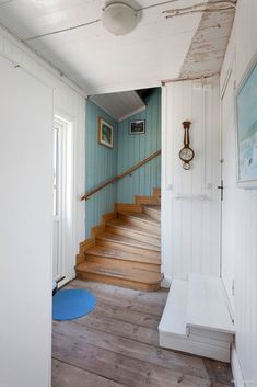 Under house Carport entrance. Stairs goes into upstairs, Boys bedroom and bathroom downstairs Red Cottage, Cozy Cottage, Cottage Stairs, Fishermans Cottage, Scandinavian Interior, Stairways, My Dream Home, Entrance Hall, Farmhouse Ideas