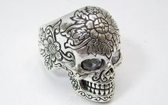 skull ring for robin