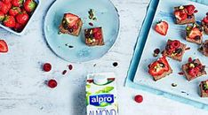 Try this creamy plant-based fudge by Alpro Pizza Fruit, Salsa Italiana, Table Garland, Homemade Fudge, Bond Girls, 200 Calories, Calorie Diet, Tasty Dishes, A Table