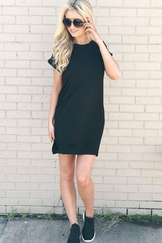 The perfect casual LBD is finally here, so make sure to grab the It's Up To Me Dress in Black before it's gone! This dress has a crew neckline, a lightweight feel, and has cuffed short sleeves. The dr