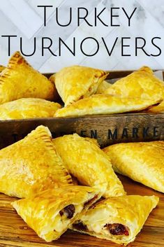 Turkey Turnovers with Cranberry and Cheese - Peter's Food Adventures Best Thanksgiving Recipes, Thanksgiving Leftovers, Holiday Recipes, Turkey Leftovers, Thanksgiving Turkey, Leftover Turkey Recipes, Leftovers Recipes, Smoked Turkey, Roasted Turkey