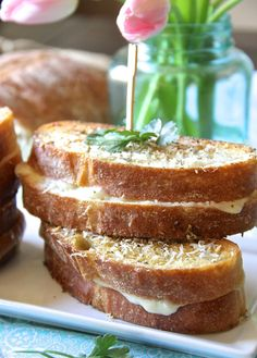 Italian Grilled Cheese with Sauce