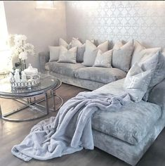 We are open all weekend! Up to 12 months interest free credit available Selling Furniture, Furniture Making, Luxury Furniture, Furniture Design, Bespoke Sofas, Furniture Boutique, Sofa Styling, White Decor, Soft Furnishings