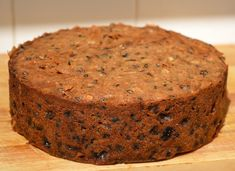 Easy Classic Christmas Cake Recipe (Inspired by Mary Berry) : Easy Classic Christmas Cake Recipe (Inspired by Mary Berry) - cake ready for feeding Mary Berry Christmas Cake, Easy Christmas Cake Recipe, Christmas Cake Pops, Mary Berry Fruit Cake, Mary Berry Xmas Recipes, Christmas Cake Recipe Traditional, Christmas Room, Christmas Sweets, Christmas Lights