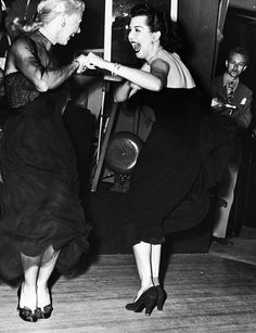 vintage everyday: Girls Will Be Girls – 30 Fun and Interesting Black and White Photos of Women from the Early 20th Century, Ginger Rogers & Ann Miller dancing together, Mocambo nightclub, West Hollywood, 1950
