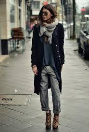 light grey scarf fashion - Google zoeken