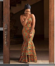 52 Edition of EsB TV - Shop From These New Aso ebi Lace style & African Print Trend Source by fatumamy African Fashion Ankara, Latest African Fashion Dresses, African Dresses For Women, African Print Dresses, African Print Fashion, African Attire, African Dress Styles, African Style, Indian Fashion