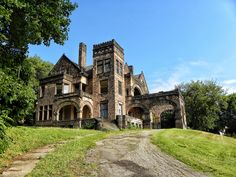 """Sharon, Pennsylvania - Victorian Stone Mansion on The Hill. This mansion is now being offered for sale on eBay. The grand home, built in 1890, features no less than 22 rooms, 8 fireplaces & 16,000 sqft."
