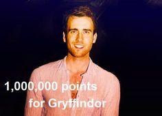 ¡Dios mío pero le fue bien en Hary Potter!