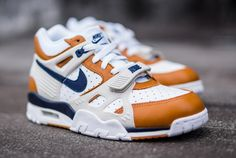 Nike Air Trainer 3 Premium Medicine Ball Detailed Look Nike Outlet, Shoes Outlet, Adidas Women, Nike Men, Nike Air Max, Air Max Sneakers, Sneakers Nike, Nike Heels, Baskets