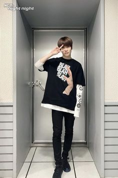 lq pics of nct's resident peach 🍑 Kim Jung Woo, Jung Yoon, Nct 127, Boy Fashion, Mens Fashion, Jung Jaehyun, Jaehyun Nct, Winwin, Taeyong