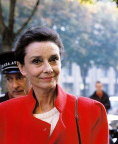Audrey Hepburn - Audrey Hepburn Photo (30477317) - Fanpop fanclubs