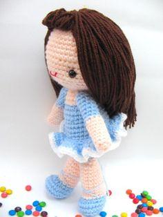 Bella Girl Doll free Crochet pattern