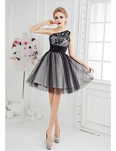 381501ffca A(z) ruha nevű tábla 12 legjobb képe | Cocktail dresses online ...